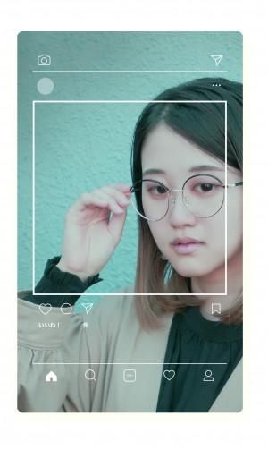 今、メガネはお洒落!
